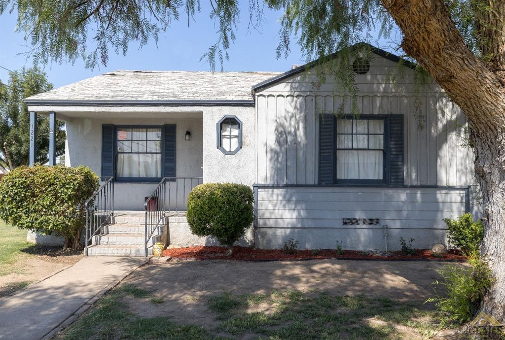 1221 El Rancho Dr, Bakersfield, CA 93304