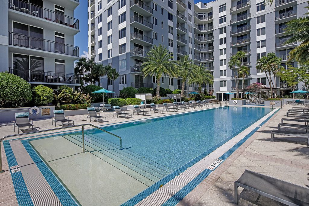 700 SW 78th Ave, Fort Lauderdale, FL 33324