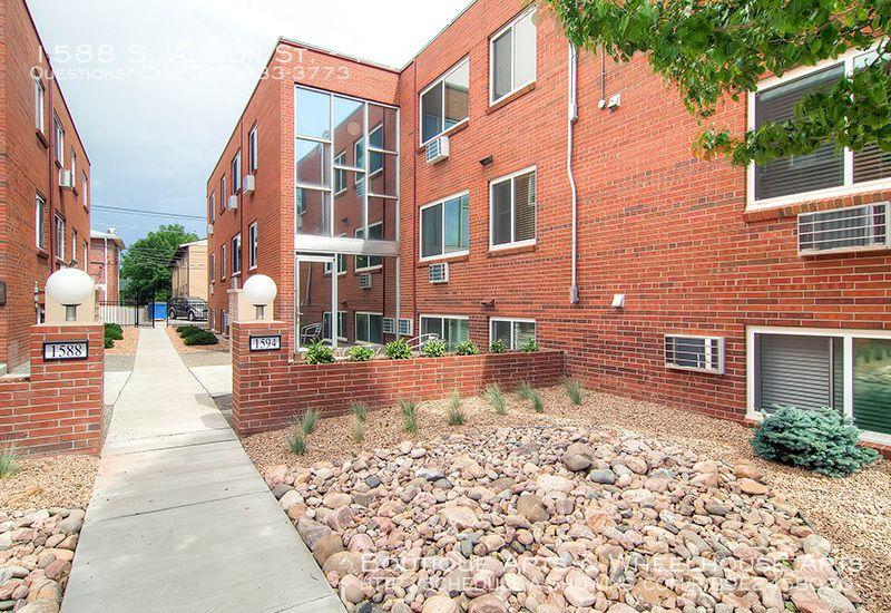 1588 S Albion St #12, Denver, CO 80222