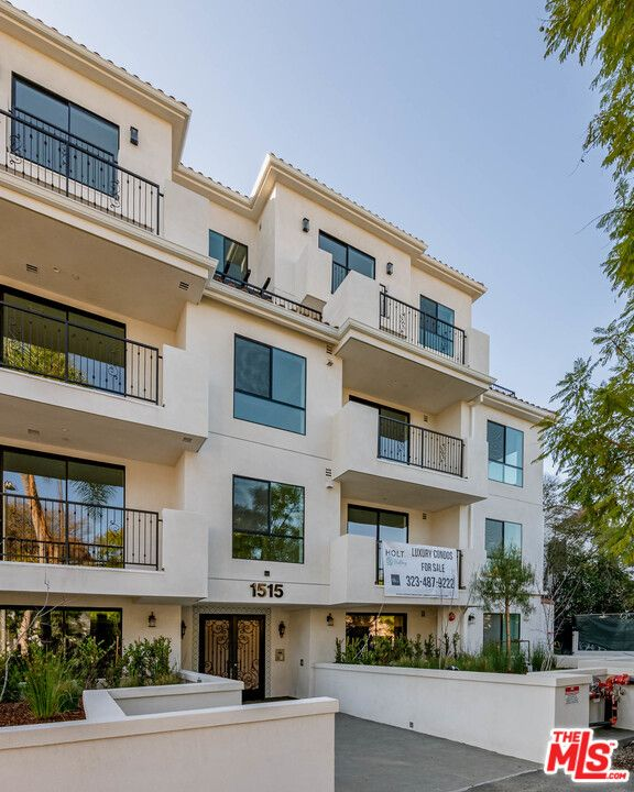 1515 S Holt Ave #504, Los Angeles, CA 90035