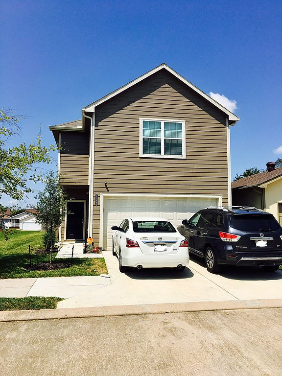 10122 Berrypatch Ln, Tomball, TX 77375