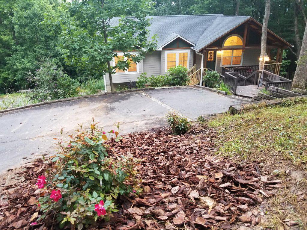 164 Mount Royal Dr, Arden, NC 28704
