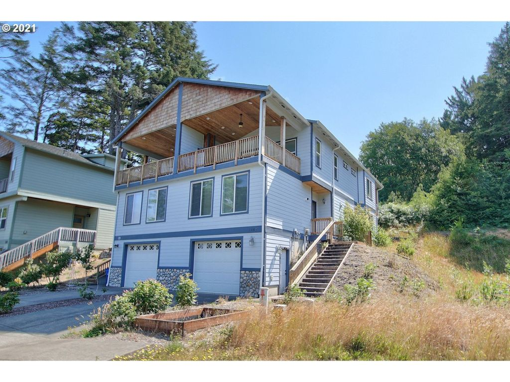 1452 SE Marine Ave, Lincoln City, OR 97367