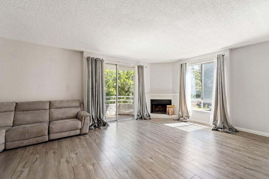 14948 Moorpark St #101, Sherman Oaks, CA 91403