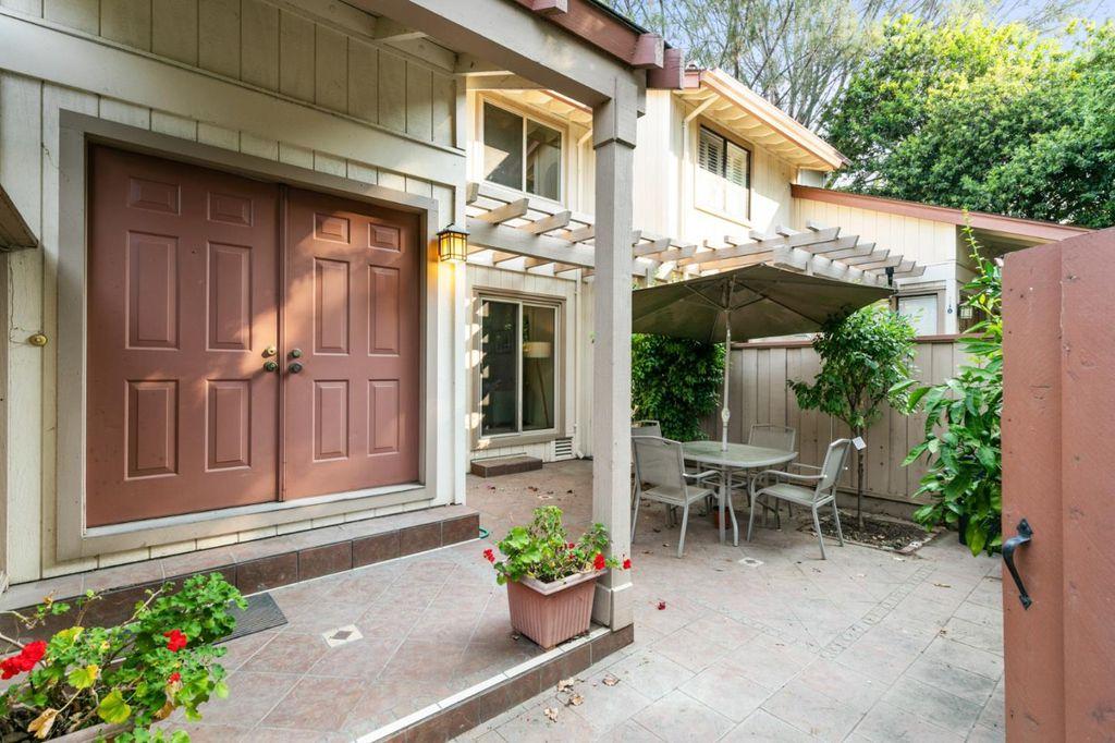 38426 Redwood Ter #14, Fremont, CA 94536