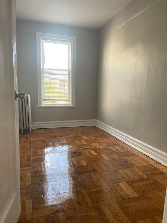 1494 E 172nd St #2, Bronx, NY 10472