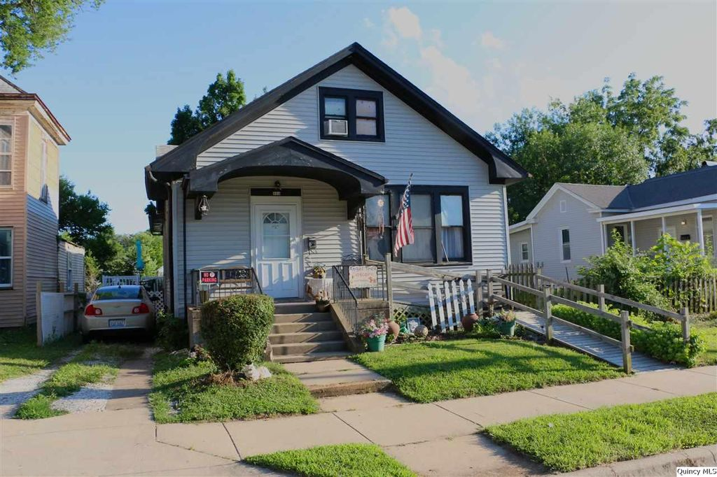 324 Chestnut St, Quincy, IL 62301