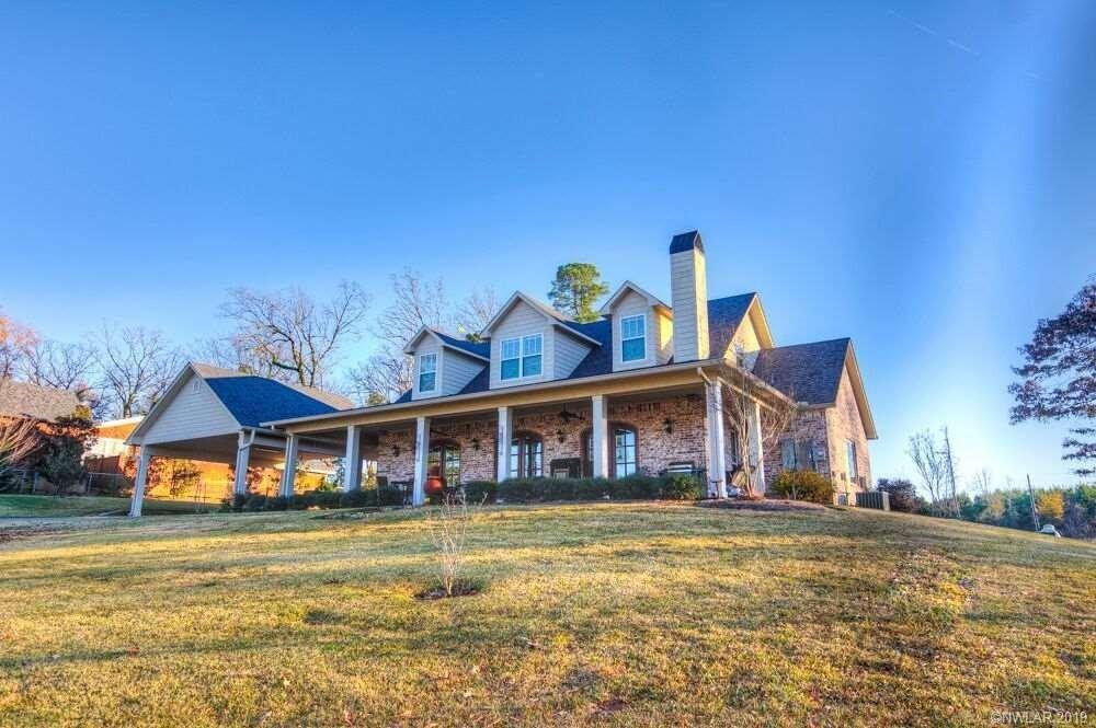 450 Buckeye Hill Rd, Karnack, TX 75661