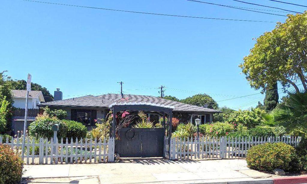 3331 Madrona Dr, Santa Barbara, CA 93105