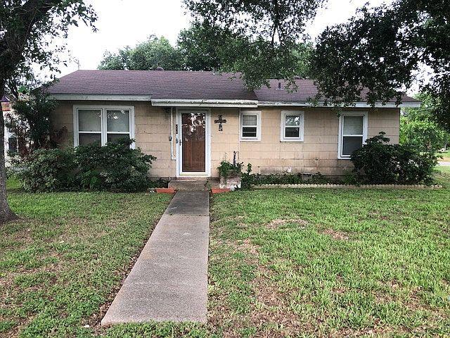 211 Vance St, Woodsboro, TX 78393