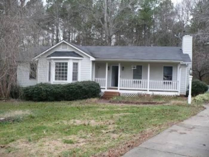 10600 Dolphin Pl, Raleigh, NC 27603