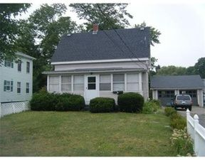 93 South St, Plymouth, MA 02360