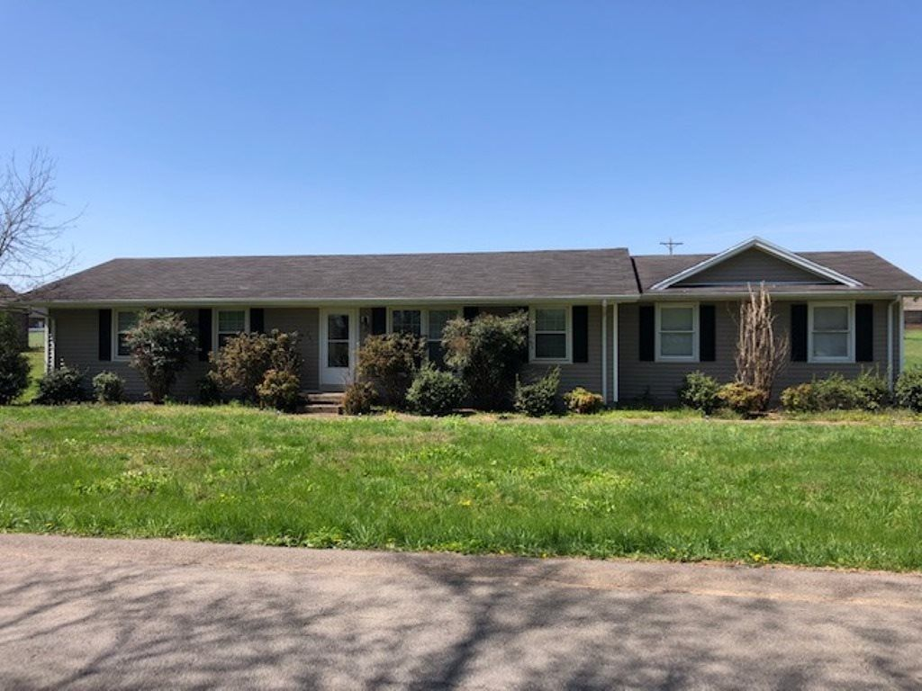 201 Aaron Rd, Bowling Green, KY 42101