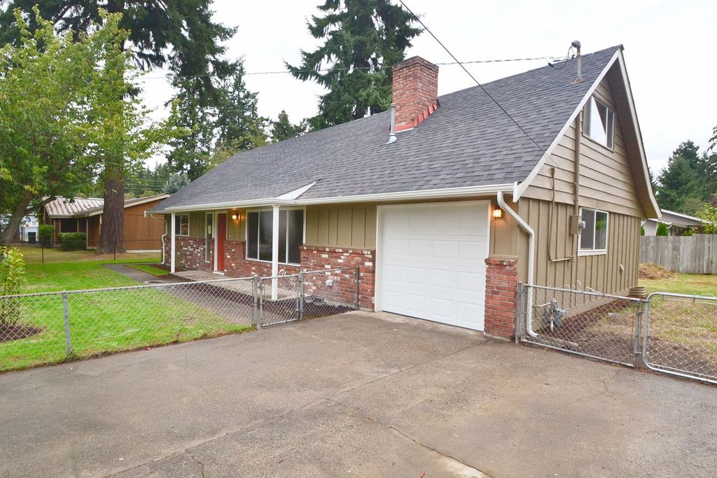 12115 83rd Ave SW, Tacoma, WA 98498