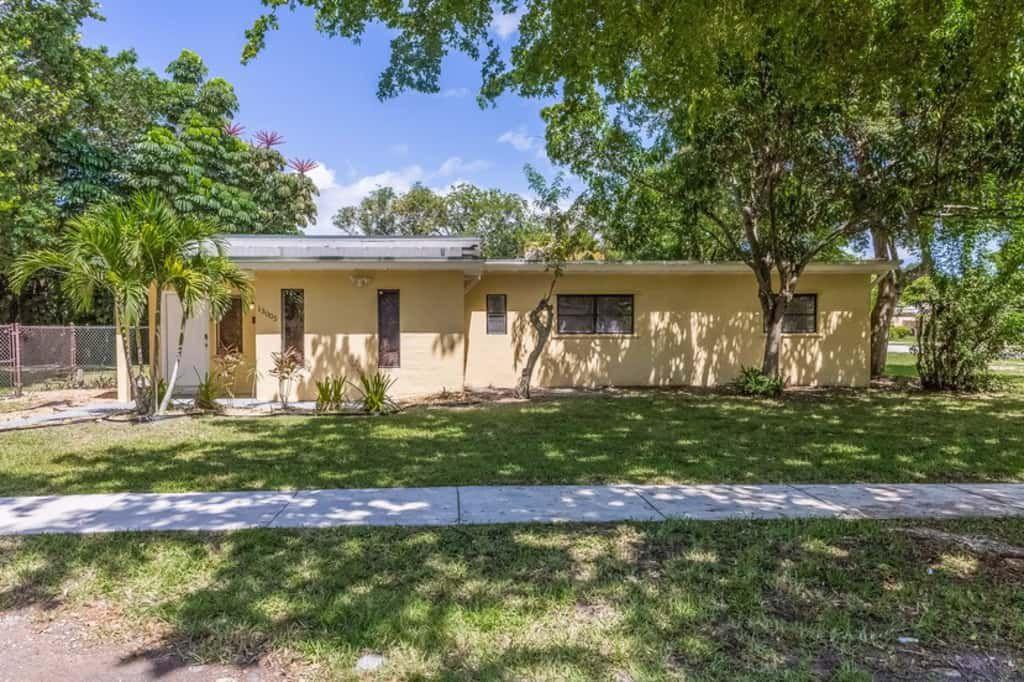 13005 NE 11th Ave, Miami, FL 33161