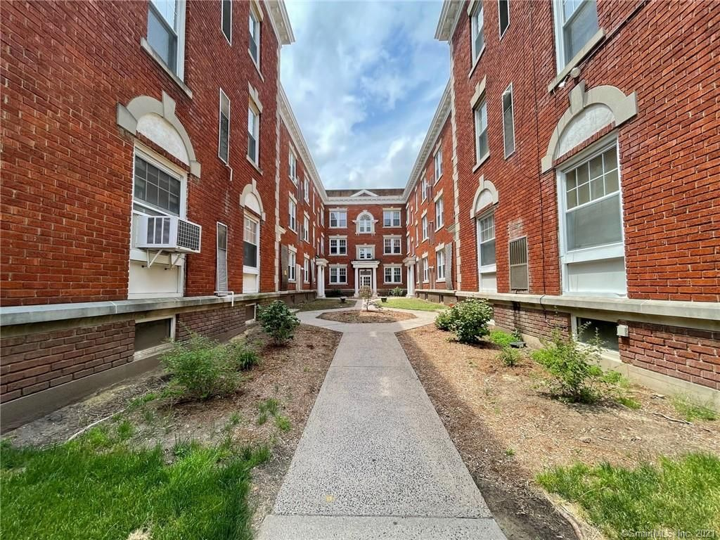 45 Willard St #2AL, Hartford, CT 06105