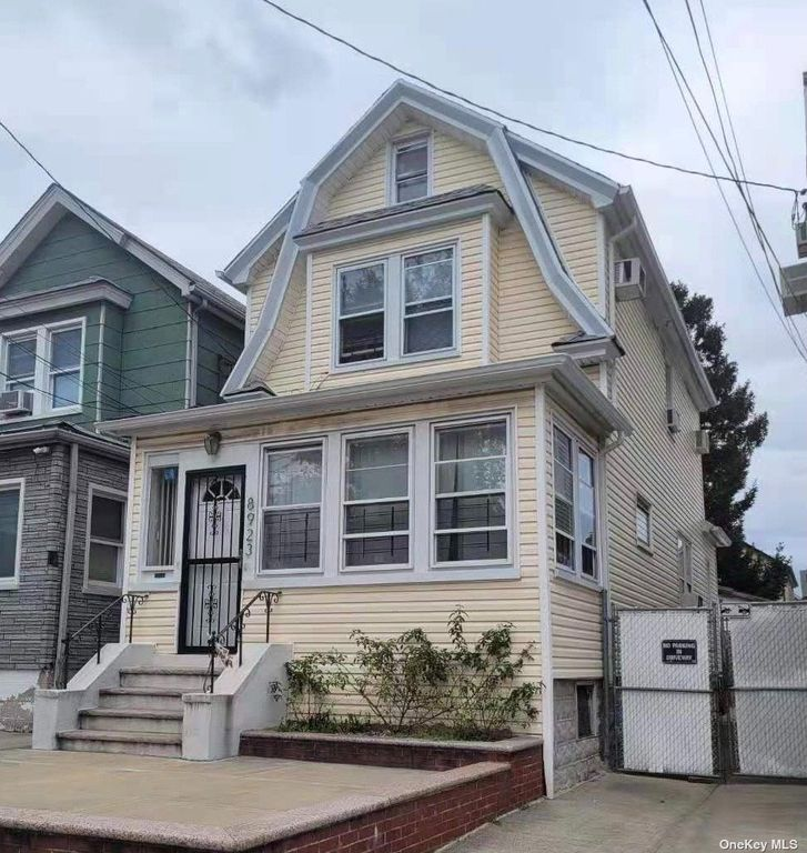 89-23 91st St, Woodhaven, NY 11421
