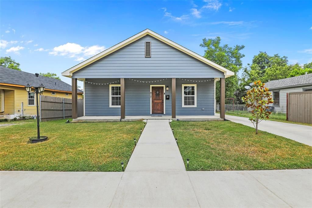 917 E Ramsey Ave, Fort Worth, TX 76104