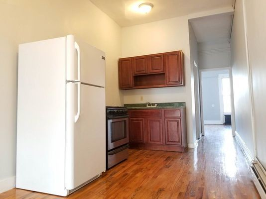1299 Gates Ave #2R, Brooklyn, NY 11221