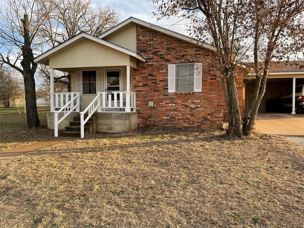 440 E Ham Ave, De Leon, TX 76444
