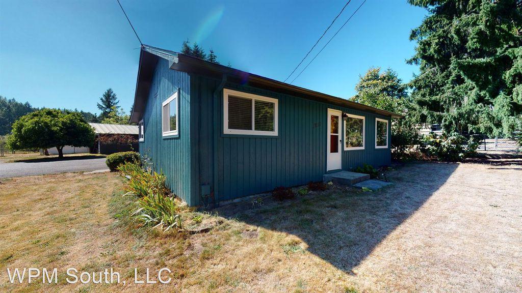 17617 SE May Valley Rd, Renton, WA 98059