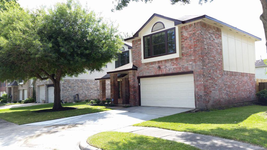 2033 Wildwood Ridge Dr, Missouri City, TX 77489