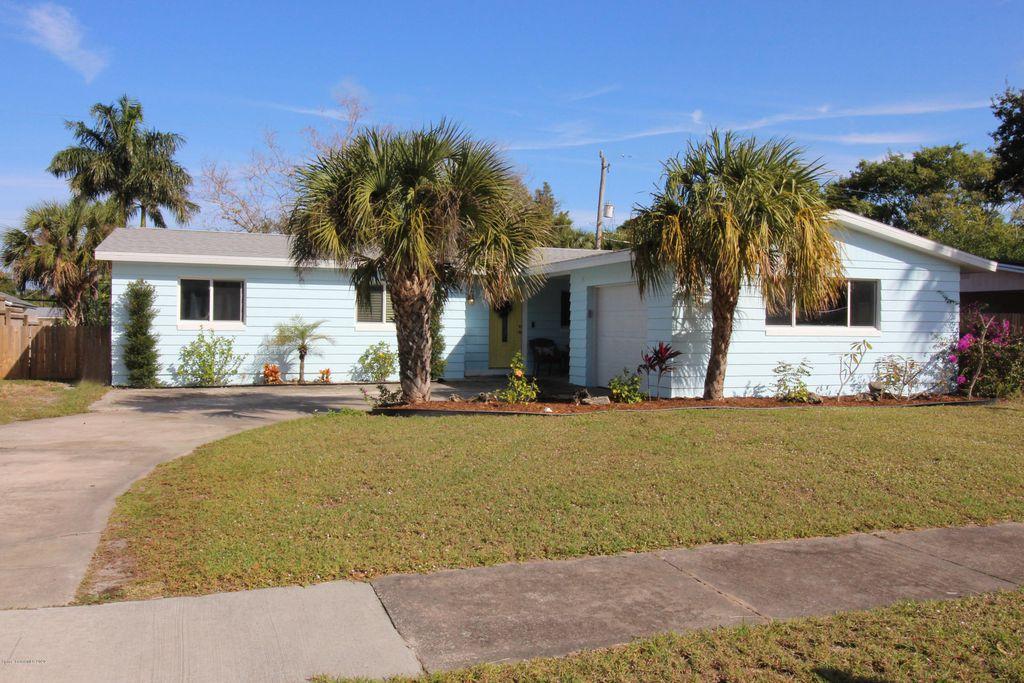 18 Brandy Ln, Merritt Island, FL 32952