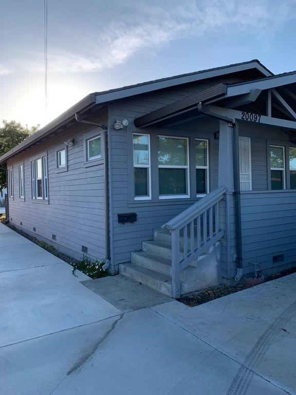 20097 Santa Maria Ave, Castro Valley, CA 94546