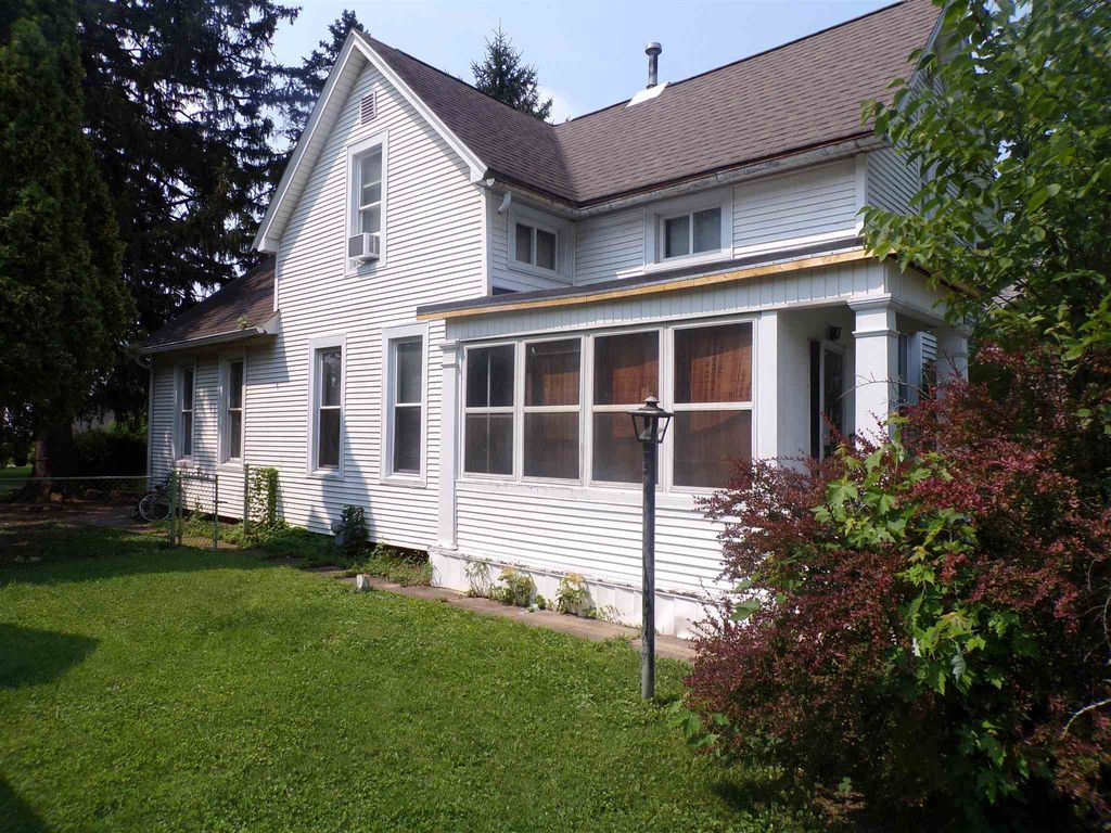 939 High St, Fort Wayne, IN 46808