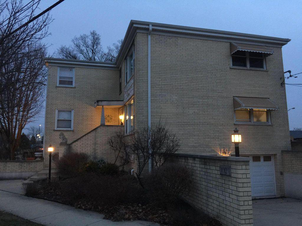 1012 Parkwood Ave #2A, Park Ridge, IL 60068
