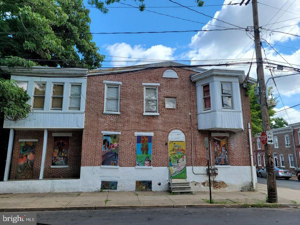 529 E 9th St, Wilmington, DE 19801