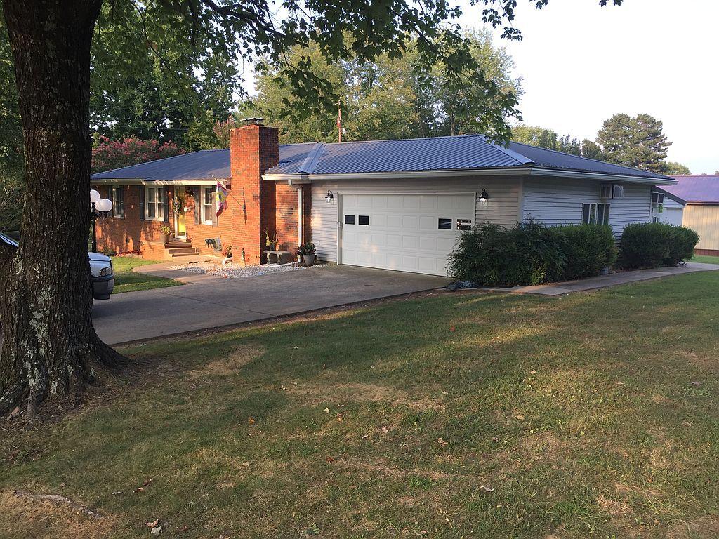 198 Johnson St, Greenville, KY 42345