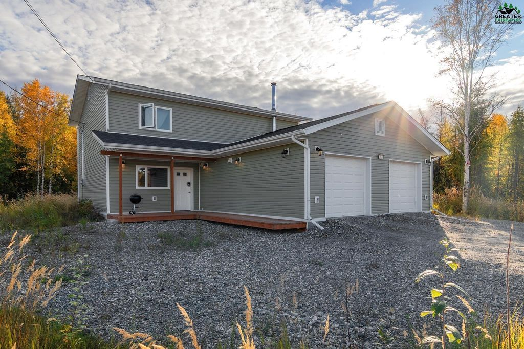 2031 Aaron Ave, North Pole, AK 99705