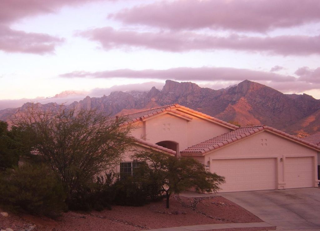 11230 N Eagle Landing Pl, Tucson, AZ 85737