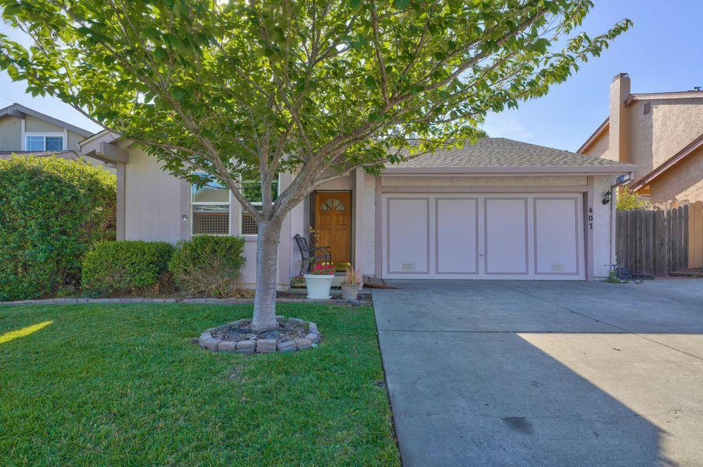 407 Rico St, Salinas, CA 93907