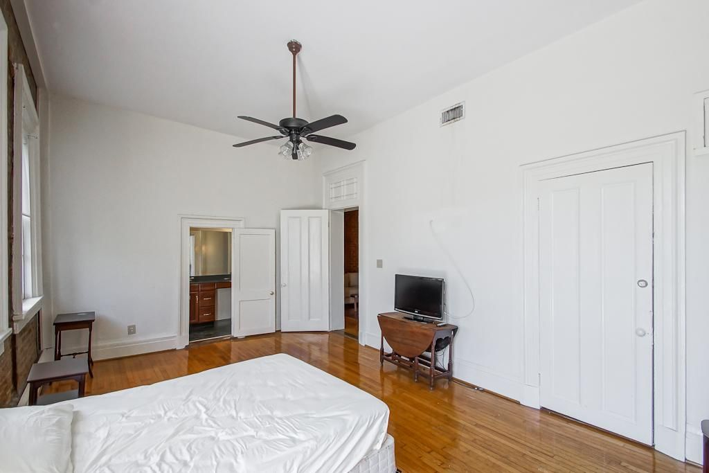1331 Decatur St, New Orleans, LA 70116