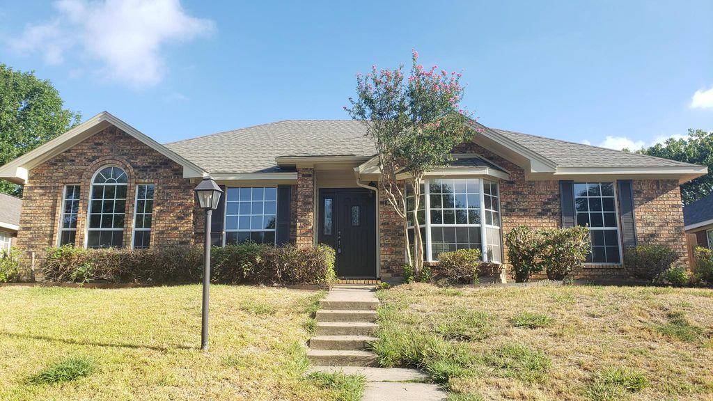 1408 Dudley Dr, Carrollton, TX 75007