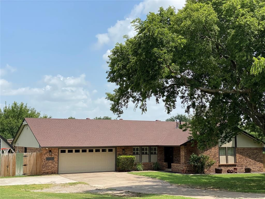 607 Wallace St NW, Ardmore, OK 73401