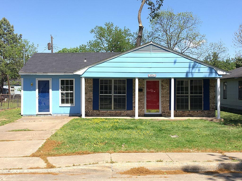 2004 Van Buren Ave, West Memphis, AR 72301
