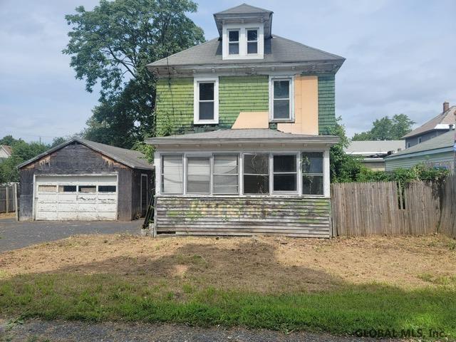 2 Dartmouth St, Schenectady, NY 12304