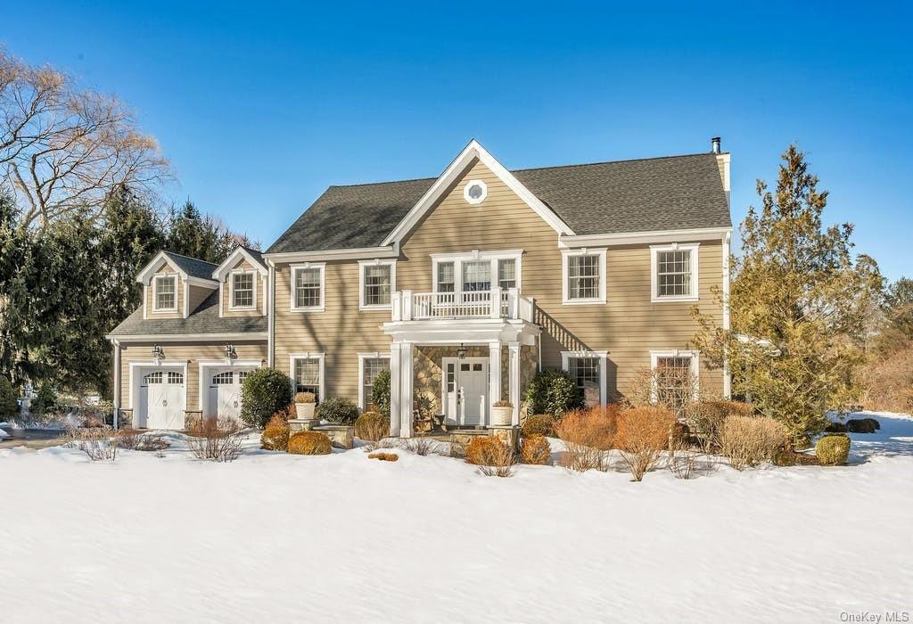 23 Carleton Ave, Briarcliff Manor, NY 10510