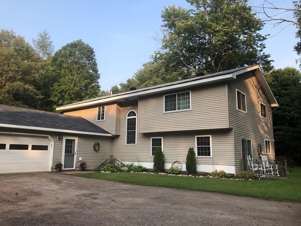 34 Spring Grove Rd, Brushton, NY 12916