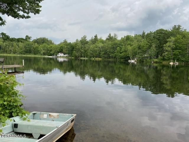 349 Ashmere Rd, Hinsdale, MA 01235