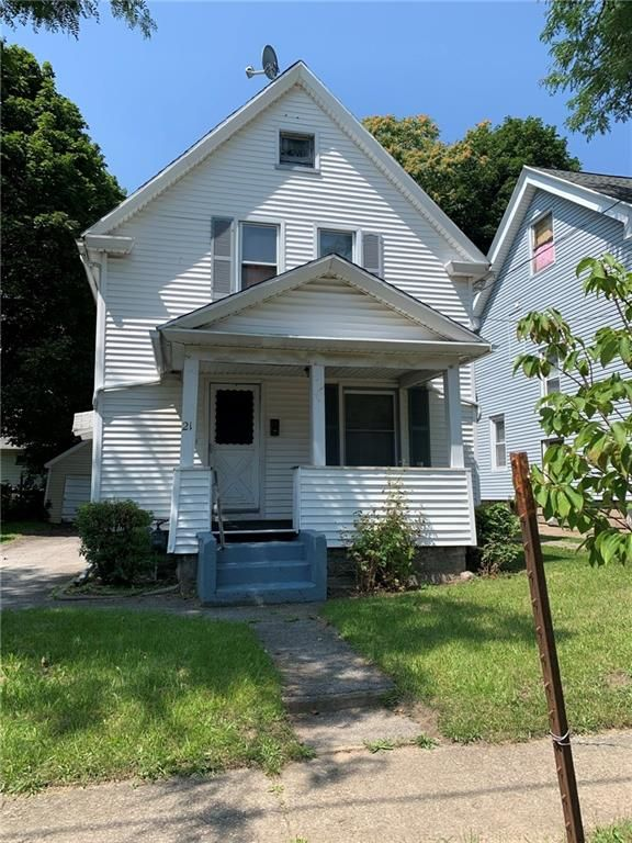 21 Nichols St, Rochester, NY 14609