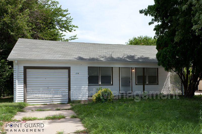 216 W Patterson Ave, Wichita, KS 67217