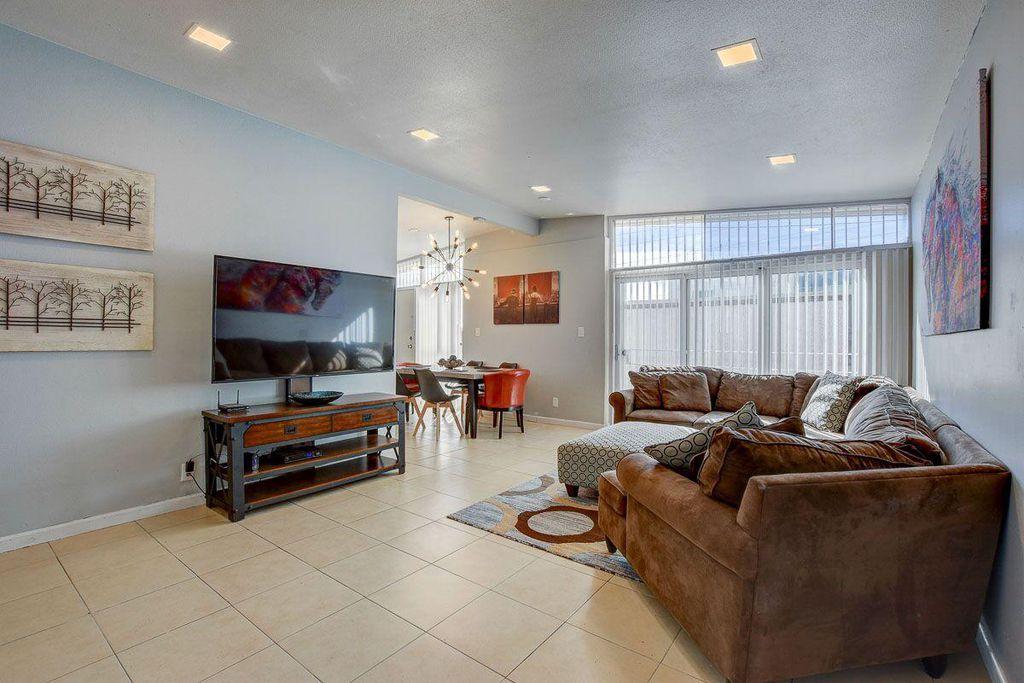 1636 San Pedro Ave, Las Vegas, NV 89104