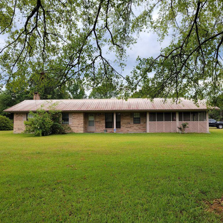 19 Keys Loop Rd, Beaumont, MS 39423