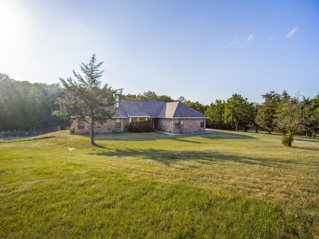 1275 Sister Grove Rd, Van Alstyne, TX 75495