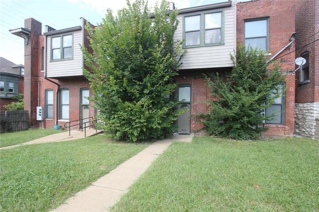 3866A Shenandoah Ave #2, Saint Louis, MO 63110