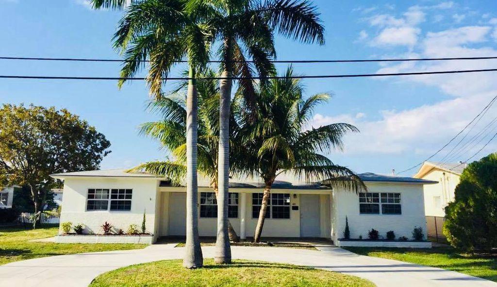 831 SW 3rd St, Hallandale Beach, FL 33009
